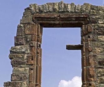 Kreuzstockfenster der Burg Rötteln