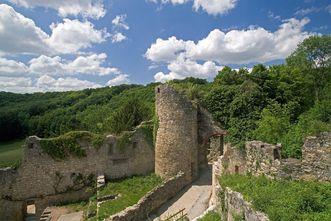 Überreste der Burgruine Rötteln